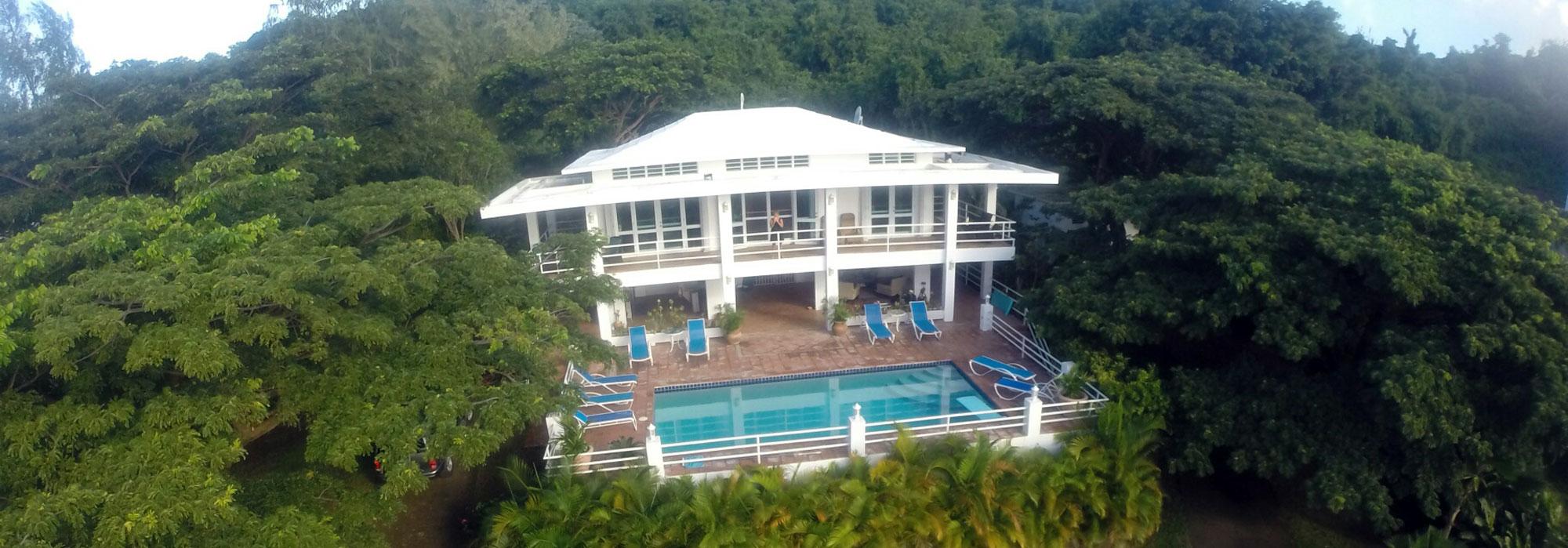 CASA MANANA – Prestigious Pilon