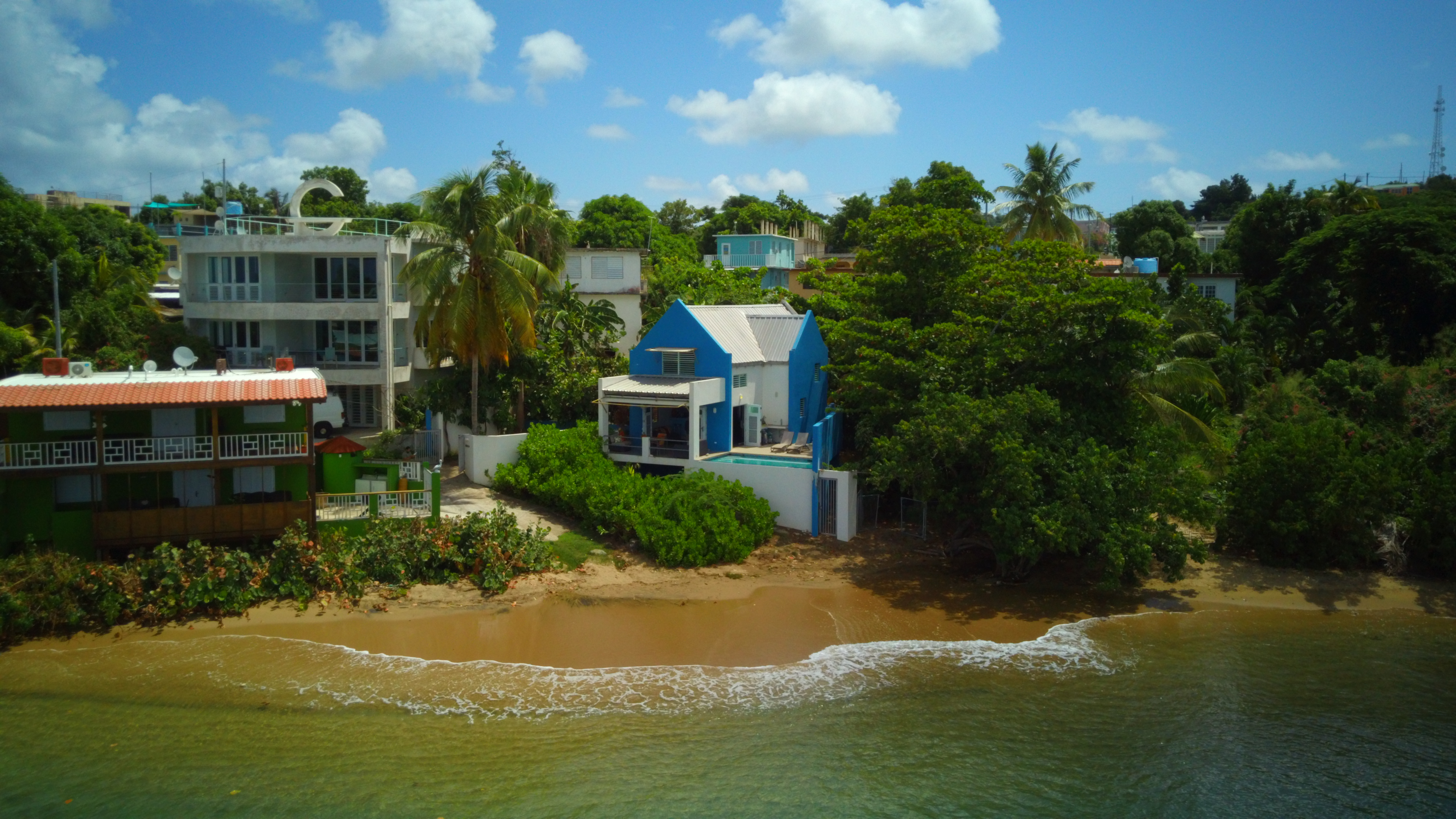 Casa Isola – Last Chance to Buy Ocean Frontage at This Price